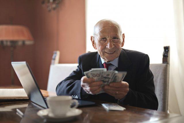 Sposób obliczania emerytury – jak obliczyć emeryturę?